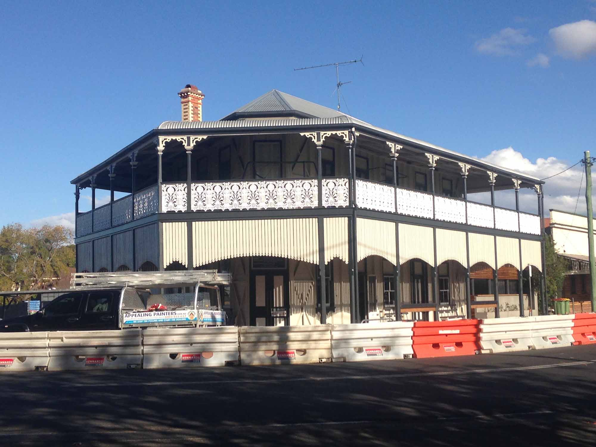 Lockyer Hotel Painting Project